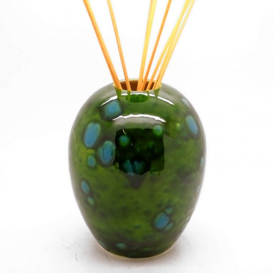 Reed Diffuser - Egg Vase in Lava Green