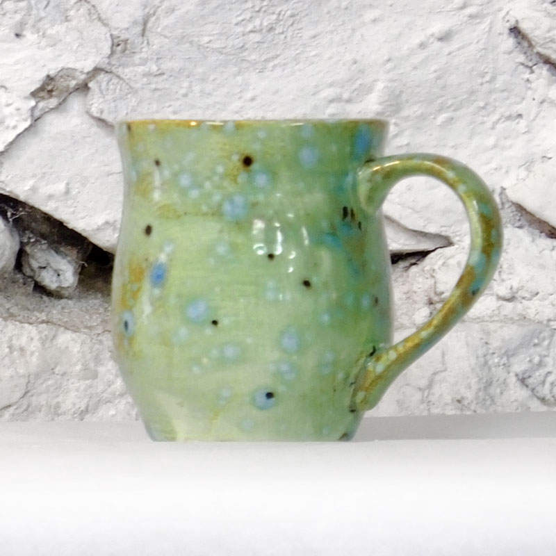 Dovedale Barrel Mug in Green Ripple