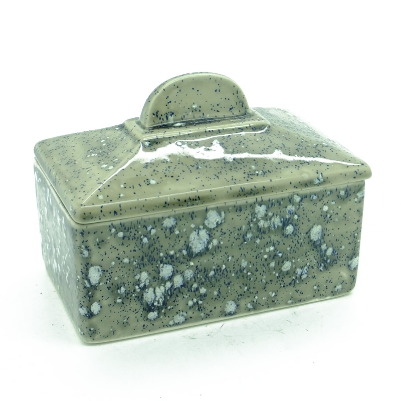 Butter Dish (old shape) in Dolomitic Grey