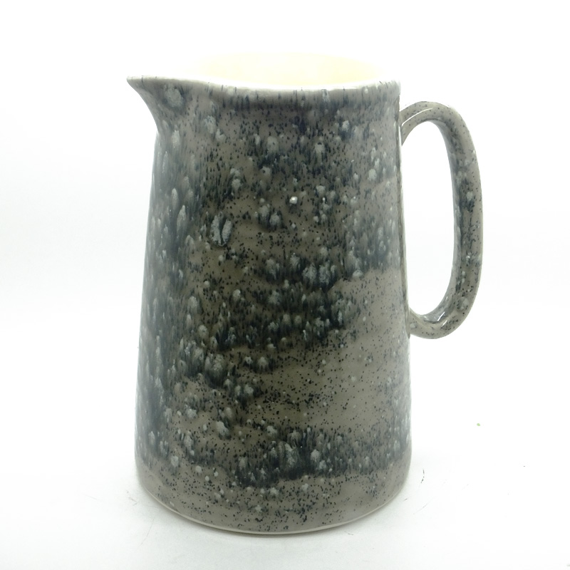 Farmhouse Kitchen Jug in Dolomitic Grey