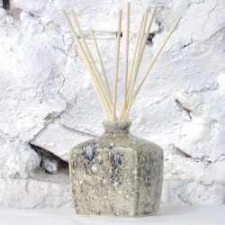 Reed Diffuser - Square Vase in Dolomitic Grey