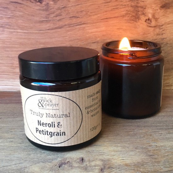 Truly Natural Candle in Neroli & Petitgrain